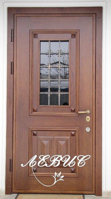 дверь входная металлическая со стеклом под дерево