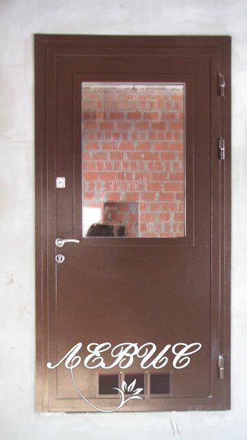 входные двери в квартиру с вентиляцией